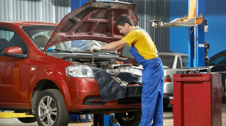 5 Basic Car Maintenance Items That Save Money